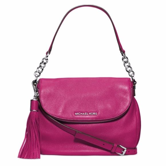 "❤️NWT❤️ Michael Kors Bedford Medium Shoulder Bag ❤️NWT❤️ converts from shoulder bag to crossbody. I have another in black so I'm selling my pink one.  • soft Leather • Shoulder handle has 9"" drop, adjustable crossbody strap is 21""-23"" • Magnetic closure • silver hardware • 11"" W x 7"" H x 3"" D • 2 interior compartments with 1 zip pocket and 6 card holders • includes dust bag  Comes from Smoke free home  ❌ no low balling please MICHAEL Michael Kors Bags Shoulder Bags"