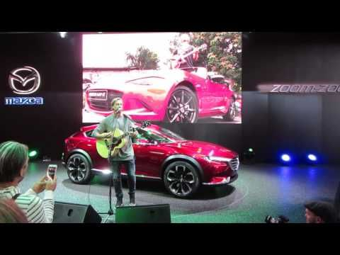 "Samu Haber ""Sunrise Avenue"" Hautnah - Live Performance auf der IAA 2015 - YouTube"