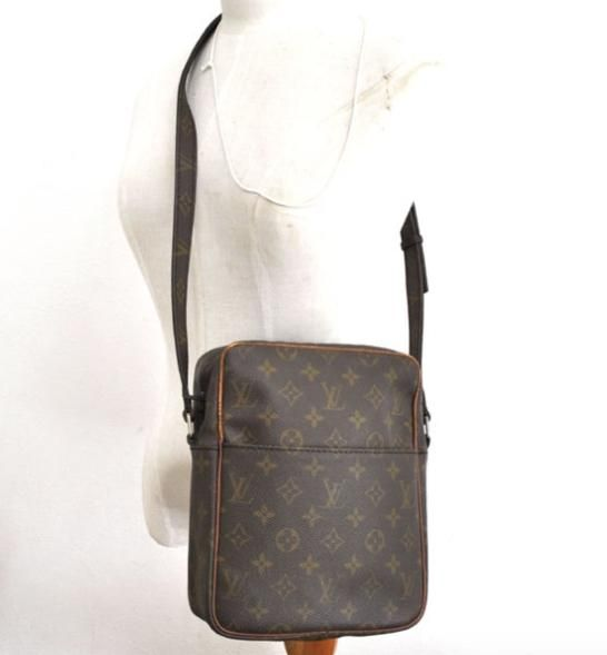 12a4376e58d7 Louis Vuitton Petit Marceau Brown Monogram Cross Body Bag. Get the  trendiest Cross Body Bag of the season! The Louis Vuitton Petit Marceau  Brown Monogram ...