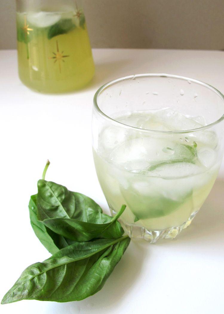 sparkling basil lemonade recipe #basillemonade