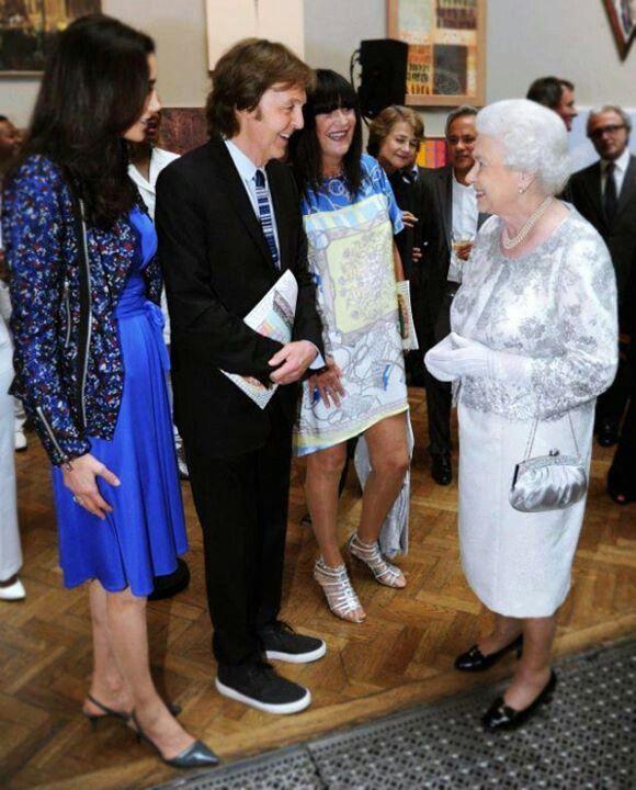 Queen Elizabeth Ll Meets Paul McCartney Wife Nancy Shevell