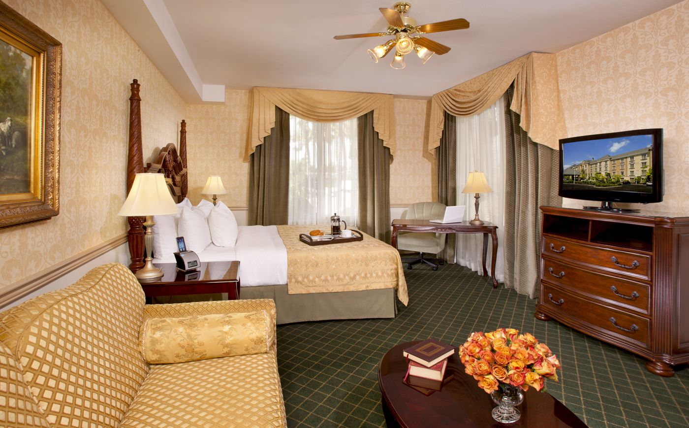 Deluxe King Room at Ayres Hotel Anaheim
