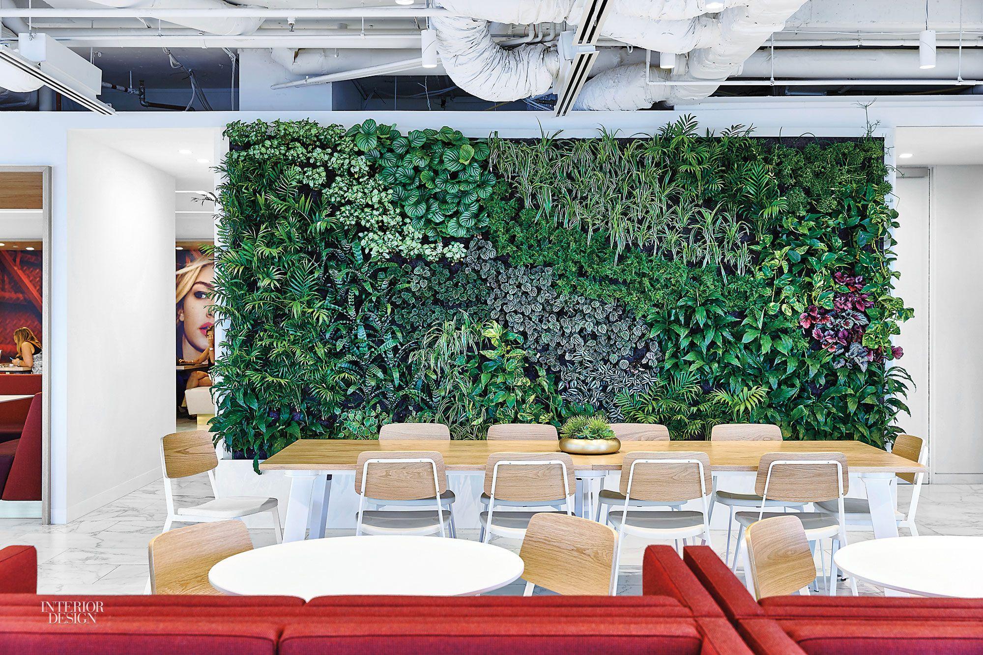 5 Bold Fashion And Beauty Offices Vertical Garden Interior Architecture Design Design