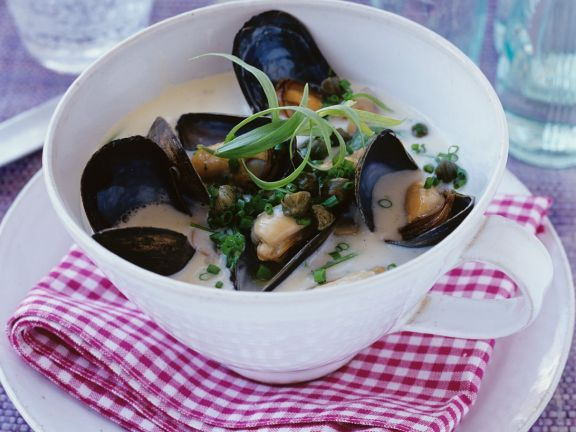 Cremige Muschelsuppe ist ein Rezept mit frischen Zutaten aus der Kategorie Muscheln. Probieren Sie dieses und weitere Rezepte von EAT SMARTER!