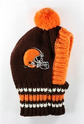 a0fe9f405 Show Pride for Your Team with the NFL Official Licensed Team Crown Rib Knit  Dog s Classic Ski Hat for your Pup - Available in 30 NFL Team Color Logos  ...
