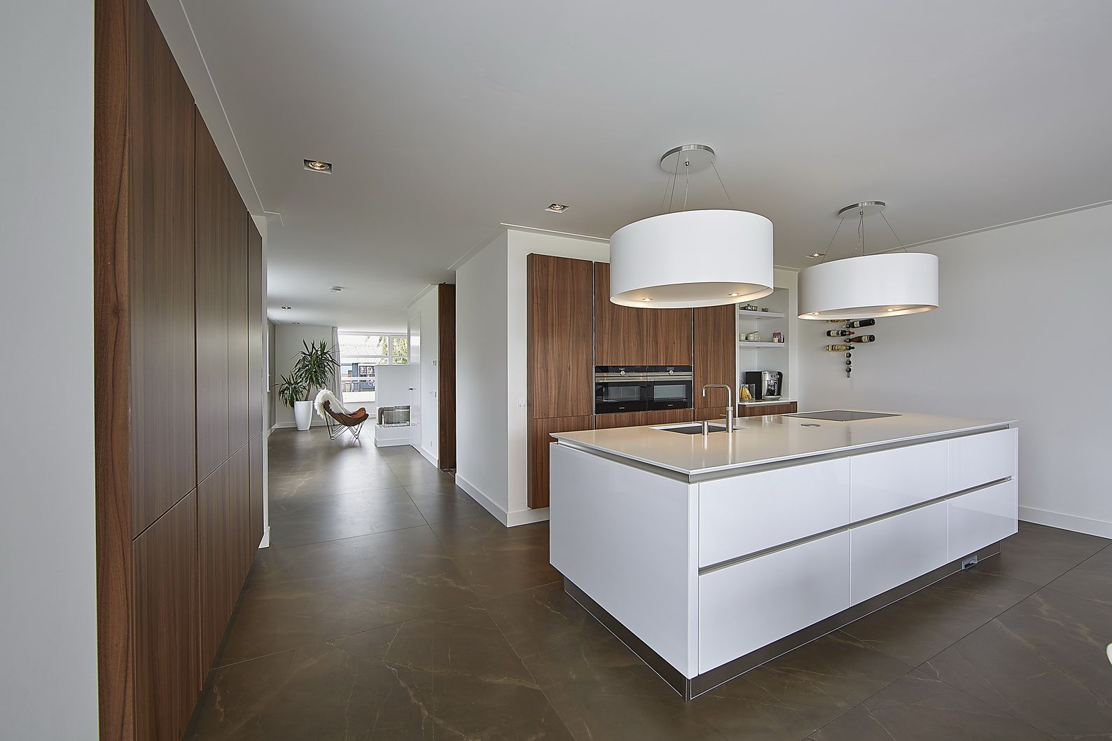 Keuken modern kookeiland brand bba i bba architecten jaren