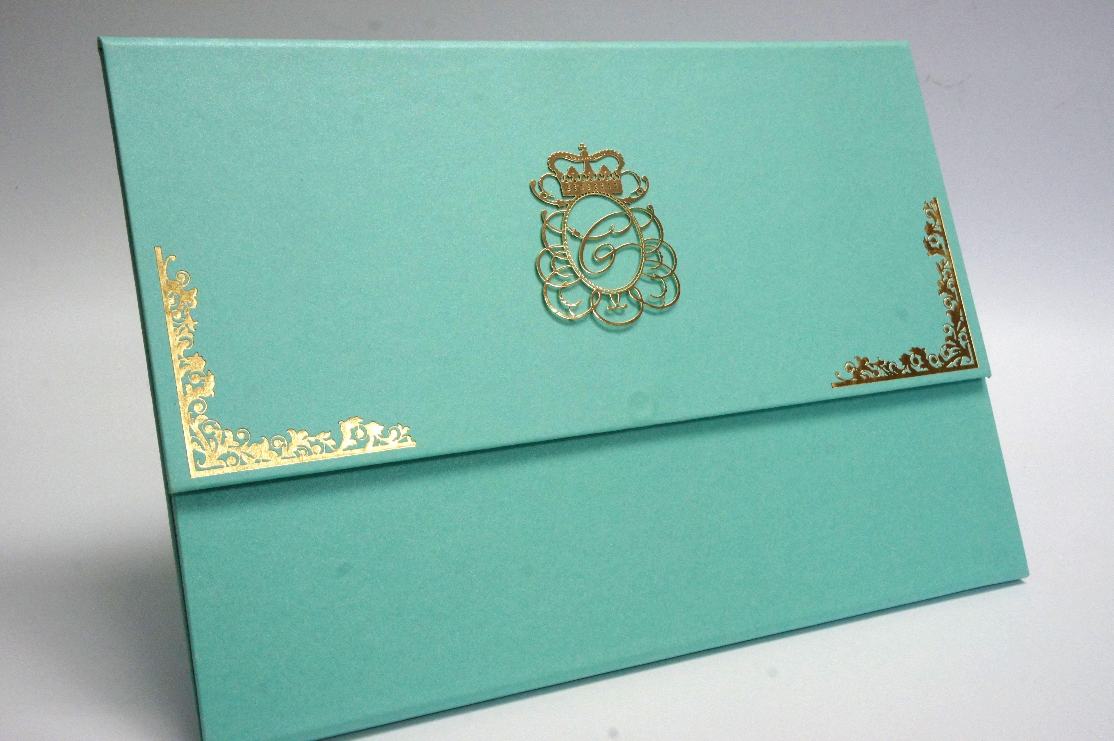 Ideias Para Convite De 15 Anos: Convite Personalizado Com Duas Dobras. Verde água Com