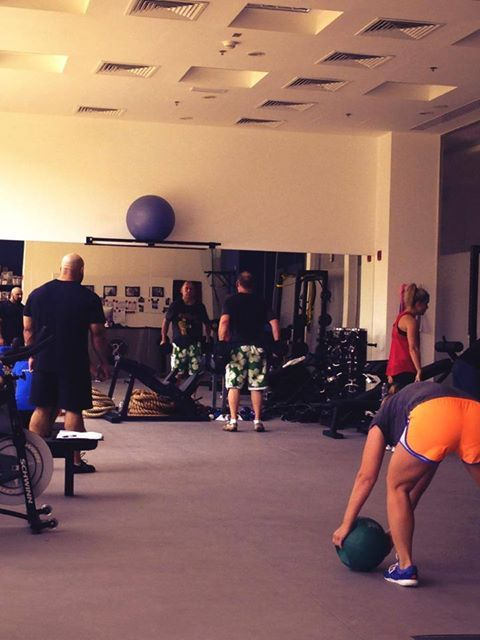 Good morning! Few Friday cancelations.... BUT the gym is still pumping! Got to love a Friday workout right?
