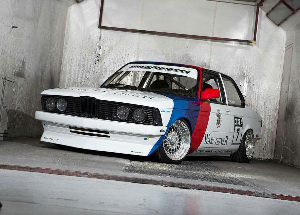 BMW E21 3 series white Warsteiner