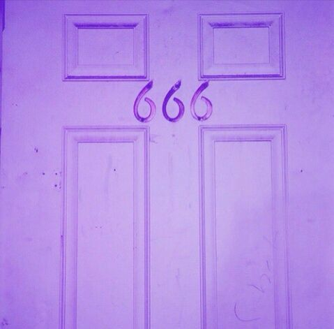 ˗ˏˋ🕊ˎˊ˗ 𝘱𝘪𝘯𝘵𝘦𝘳𝘦𝘴𝘵 ; 𝘤𝘰𝘴𝘮𝘪𝘤𝘨𝘰𝘵𝘩 Purple aesthetic, Violet