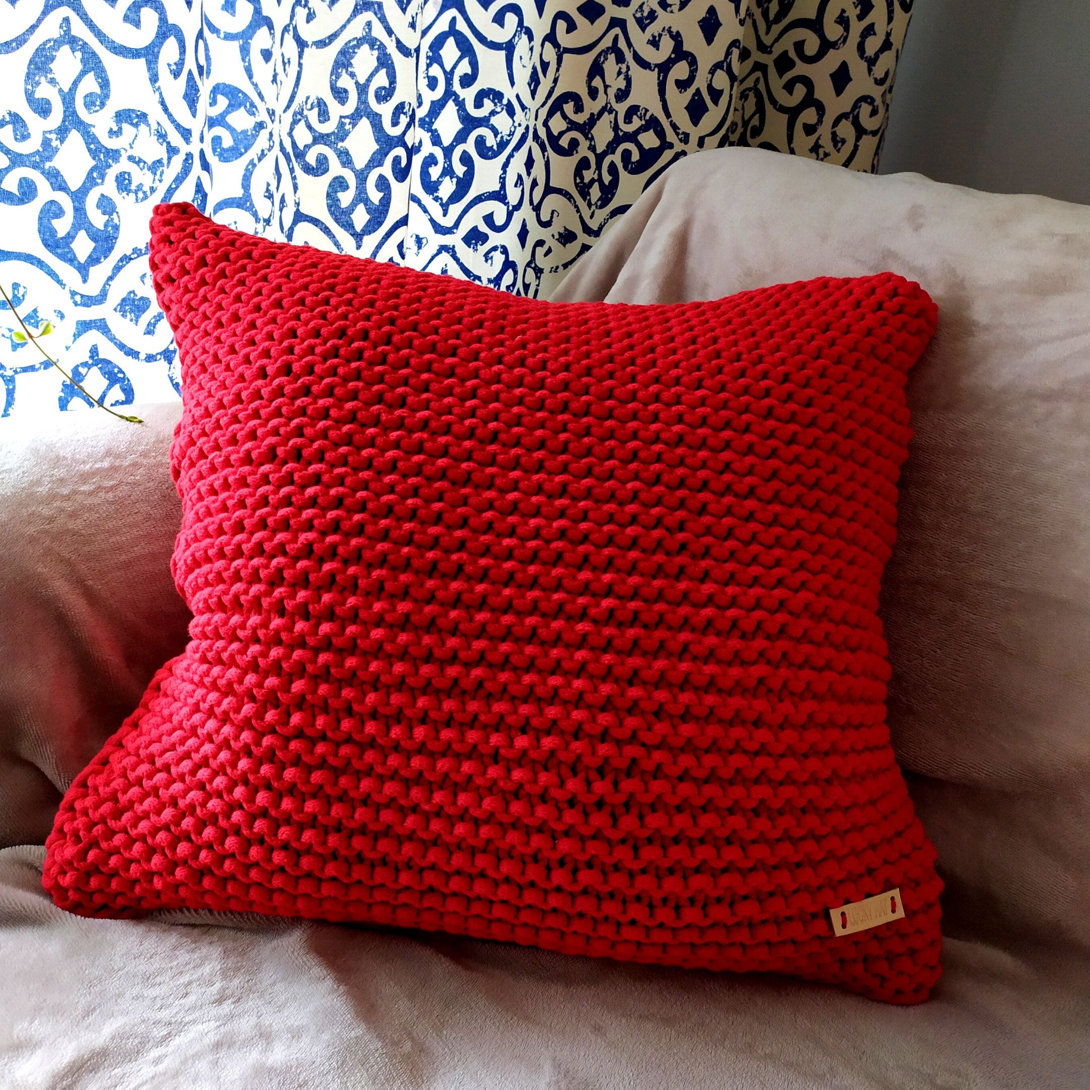 Red Knitted pillow 50/50 case Rope cotton cushion Chunky cushion Knitted boho pillow case Rope knit pillow room decor Decorative pillow