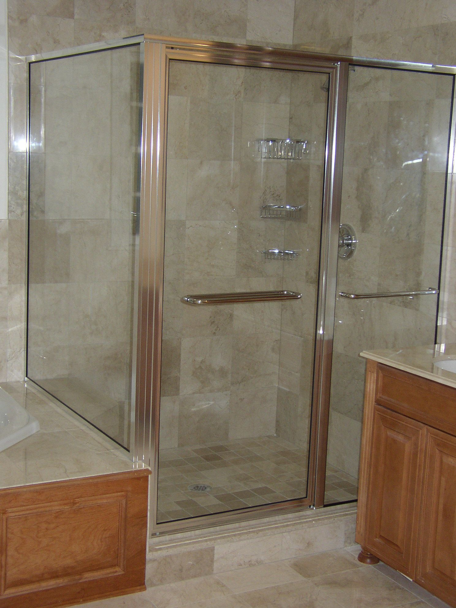 Buying Alumax Shower Doors And What To Consider Ideas 4 Homes Bathroom Shower Doors Shower Doors Shower Enclosure