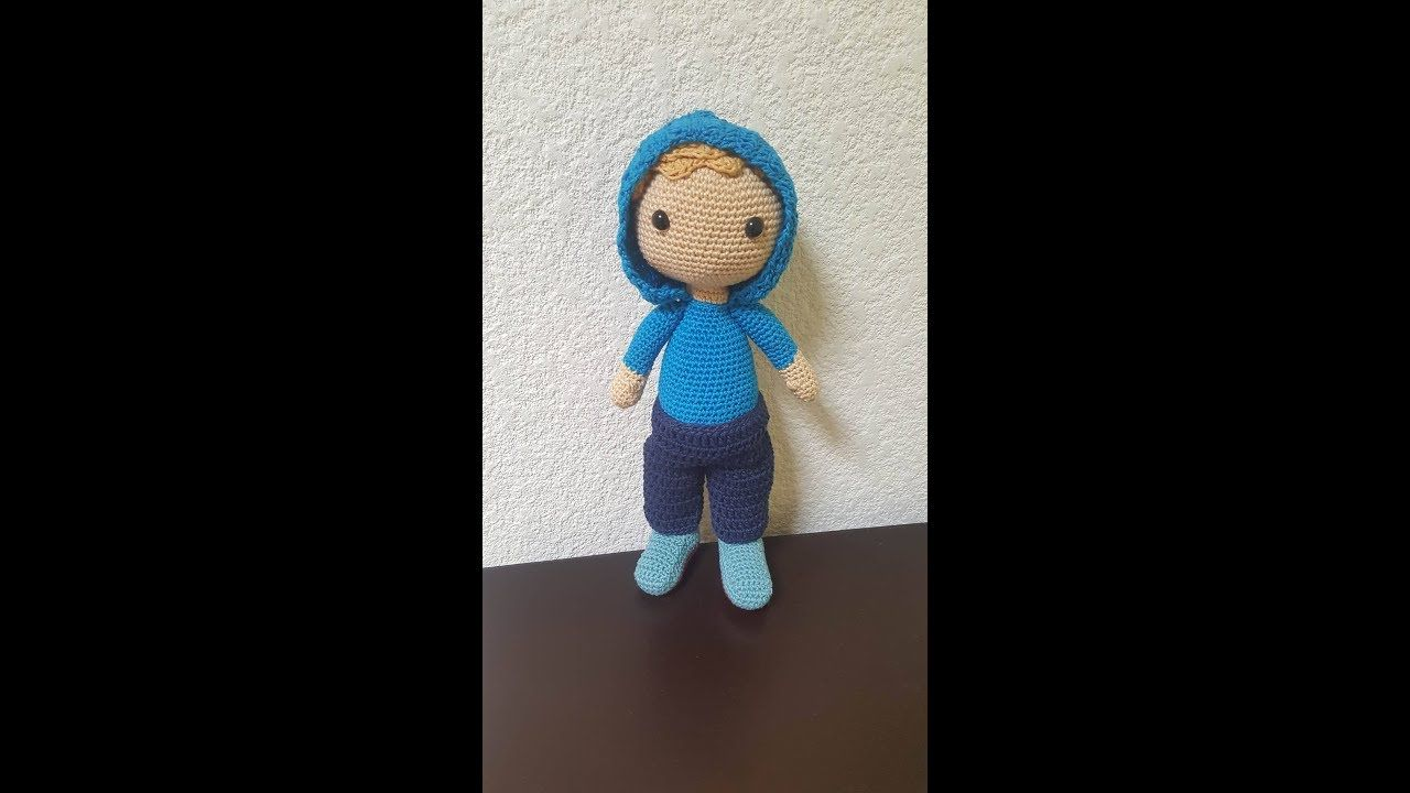Muñeco amigurumi Dann: PIERNAS - YouTube | cat crochet applique ...