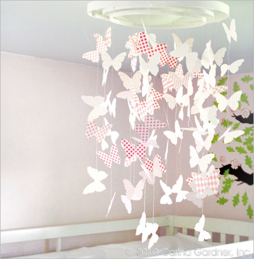 Diy butterfly mobile butterfly chandelier mobile - Gift Idea For Sadie Mae Diy Paper Butterflies Decorations Diy Simple And Easy Paper Party Decorations