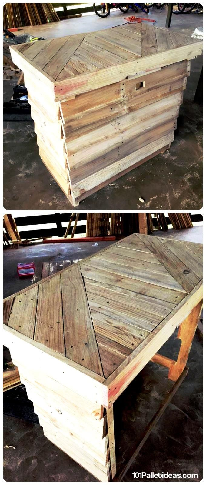 wood pallet kitchen table or bar table 101 pallet ideas bar rh pinterest com