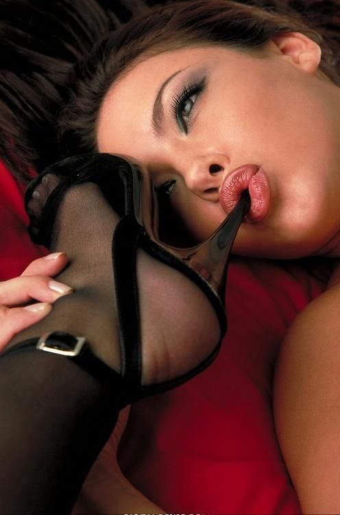 Age in lesbian licking middle nylons