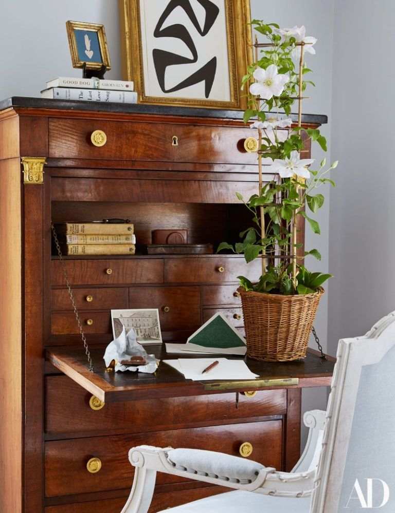 english idyll wonderful living spaces home secretary desks rh pinterest com
