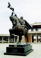 Statue of Zhang Qian Zhang Qian (about 114 years before 164 BC), Han Chinese, the word sub-text, Jun Cheng solid Hanzhong (Shaanxi provincial capital fixed this county), Chinese Han excellent explorers, travelers and diplomats on the Silk Road to open up a significant contribution. Western Han Dynasty to open up the north-south road leading to and from Central Asia introduced the Ferghana horses, grapes, alfalfa, pomegranate, walnuts, flax and more.