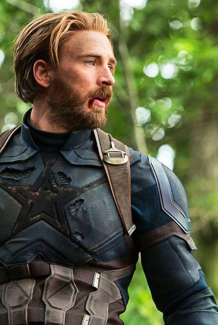 chris evans as captain america in avengers: infinity war | marvel