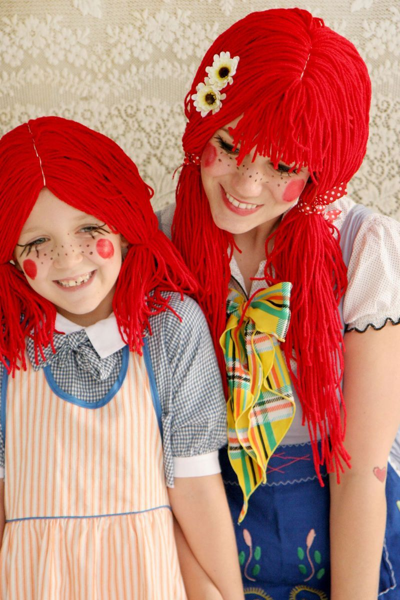 Make your own rag doll wig.