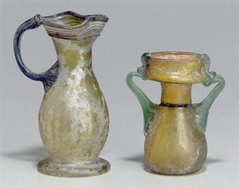 two_roman_glass_vessels_circa_3rd-4th_century_ad_d5385390h.jpg (340×268)