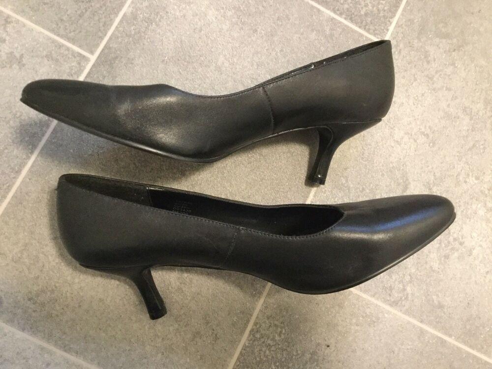 Next Faux Leather Kitten Heel Shoes In Black Size 5 5 Good
