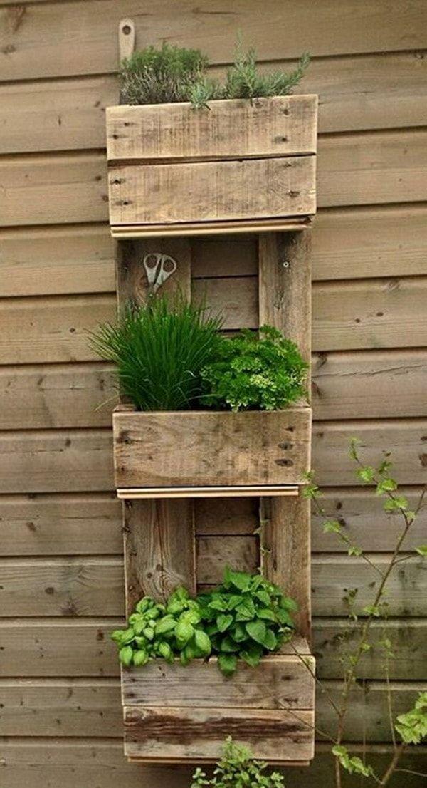 Jardines verticales hechos con palets de madera plantas - Macetas para jardin vertical ...
