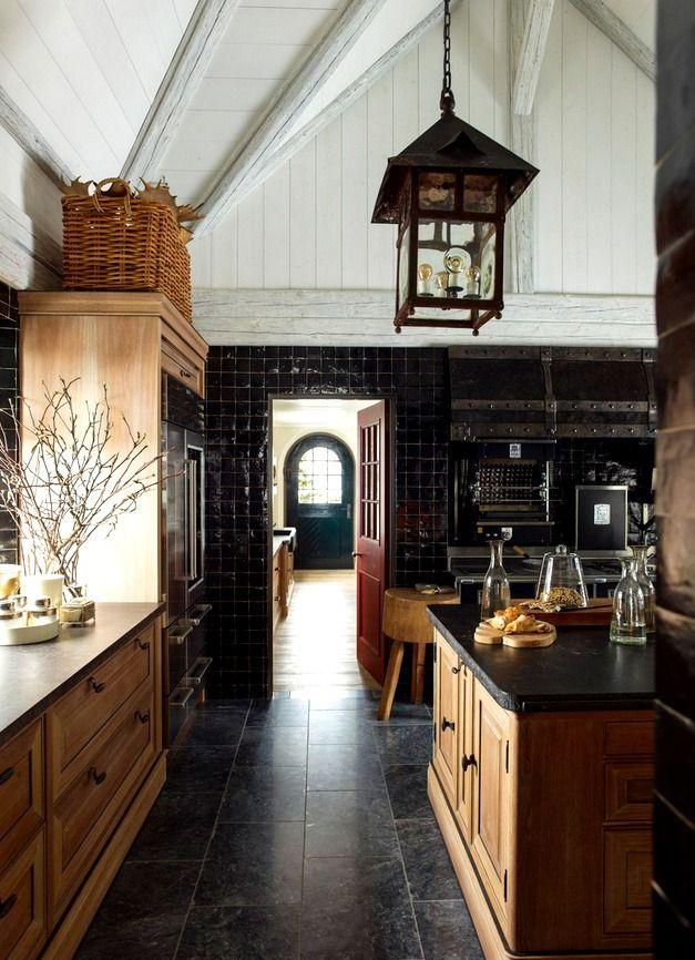 Dark walls in this kitchen .......