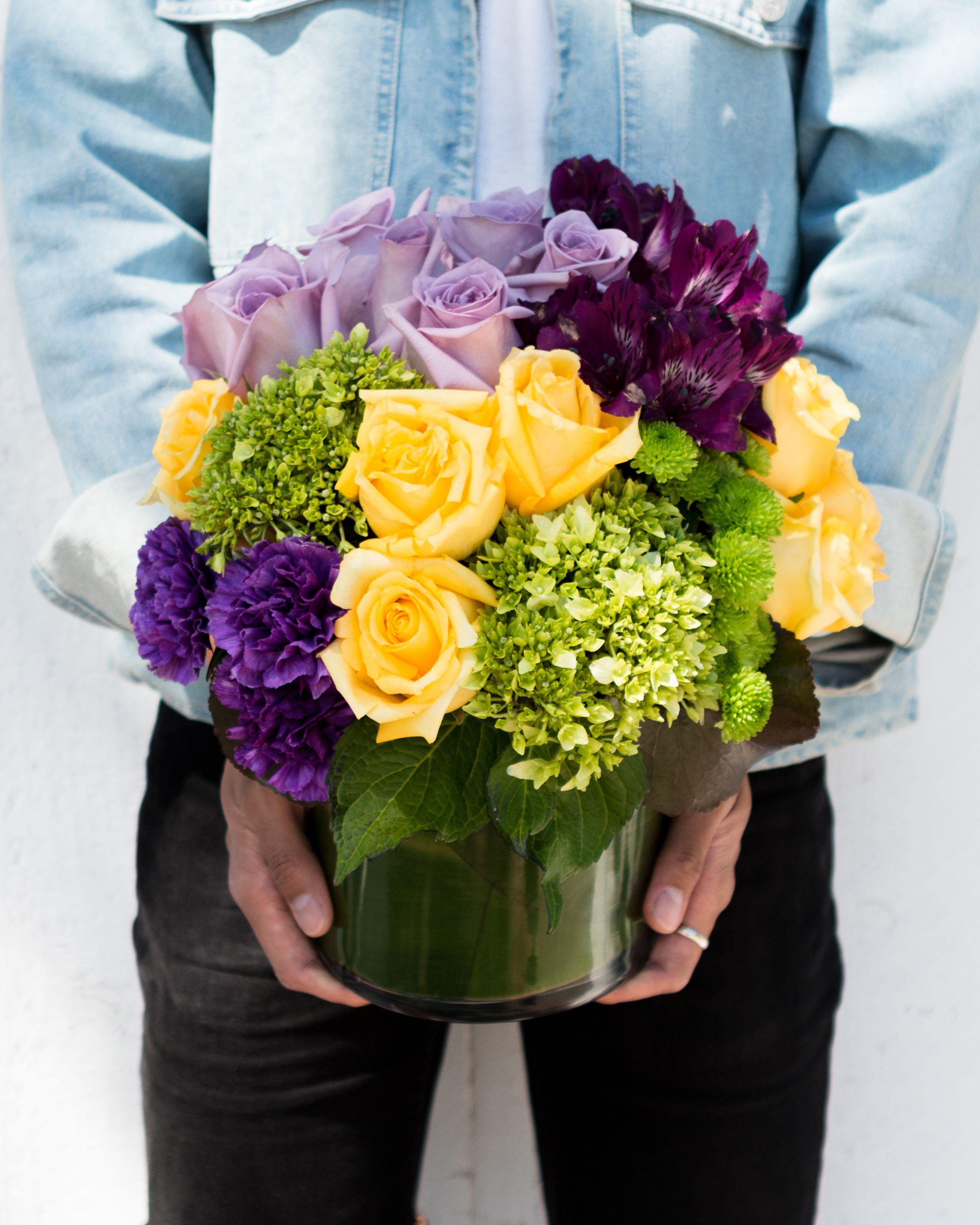 Simply Splendid Bouquet Spring Flowers Purple Flowers