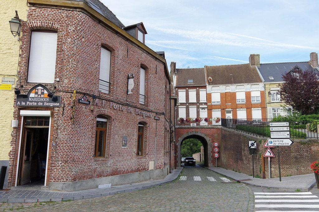 Cassel Porte De Bergue Portes