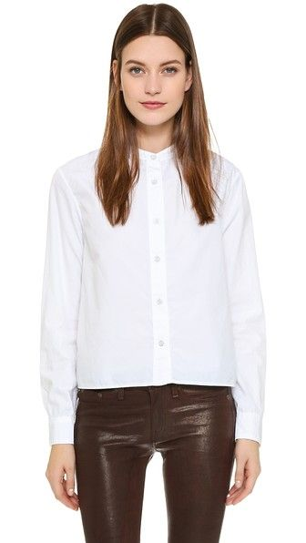 Beige,white RAG & BONE/JEAN  crop top  for woman A crisp, classic Rag & Bone Jean blouse. Antiqued buttons close the placket and cuffs. Long sleeves. Fabric: Poplin shirting. 100% cotton. Dry clean. Made in the USA. Imported fabric. Measurements Length: 20.75in / 53cm, from shoulder Measurements from size S. Available sizes: M #topcorto #bralet #strappybralet #bandeautop