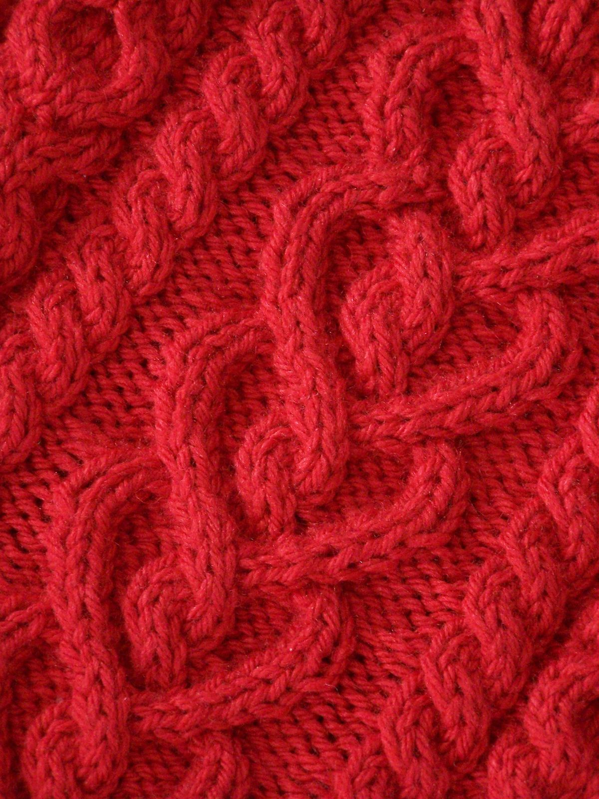 Ravelry love and kisses cowl by megan delorme ravelry love and kisses cowl pattern by megan delorme love the celtic heart motif bankloansurffo Image collections