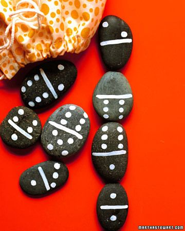 Make-your-own dominoes from rocks - martha stewart