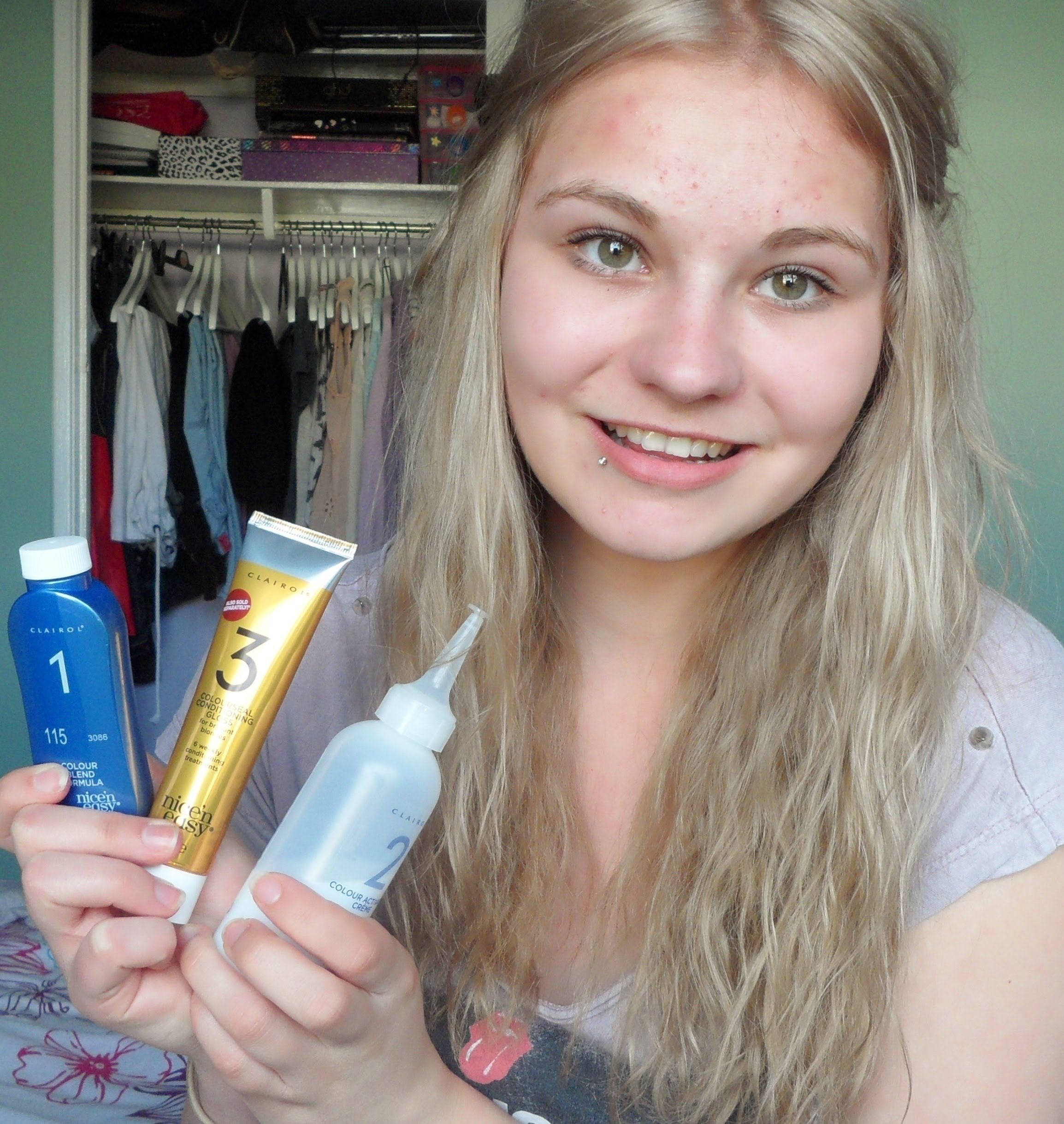 How I Dye My Hair Blonde to DarkAsh Blonde