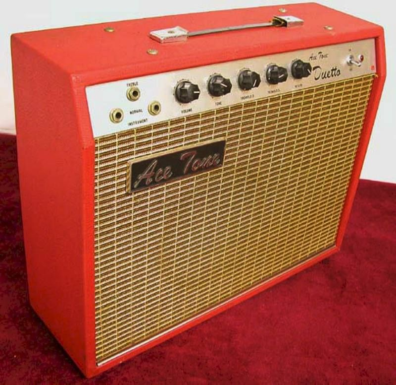Late 60s Ace Tone Duetto W Odd Tube Combo Like Early Univox 12ax7 6av6 Aq8 Tubes Cool Tremolo Ace Tone Becam Vintage Guitar Amps Guitar Gadgets Guitar Amp
