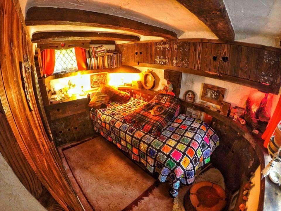 Fascine Par Les Hobbits Un Ecossais Construit Une Maison