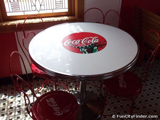 Old Fashioned Coca Cola Table And Chairs