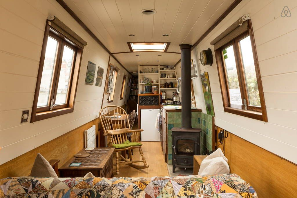 Check out this awesome listing on Airbnb: Stylish Narrow Boat in