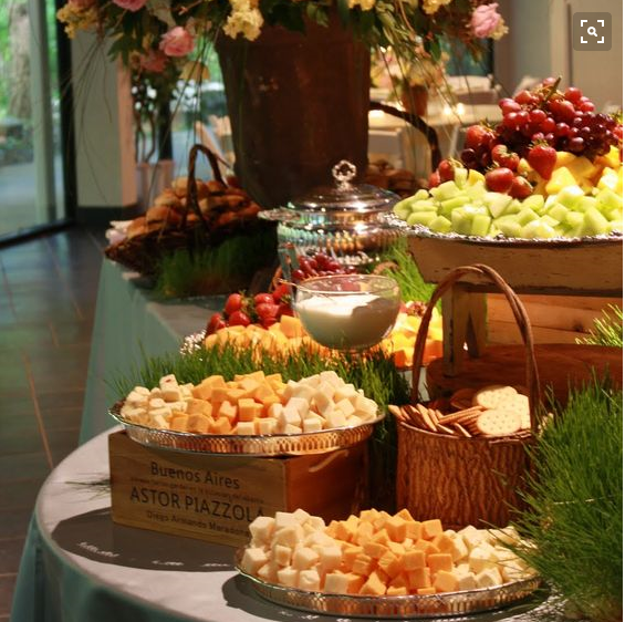 Appetizer Only Wedding Reception: Using Different Objects To Create Heights