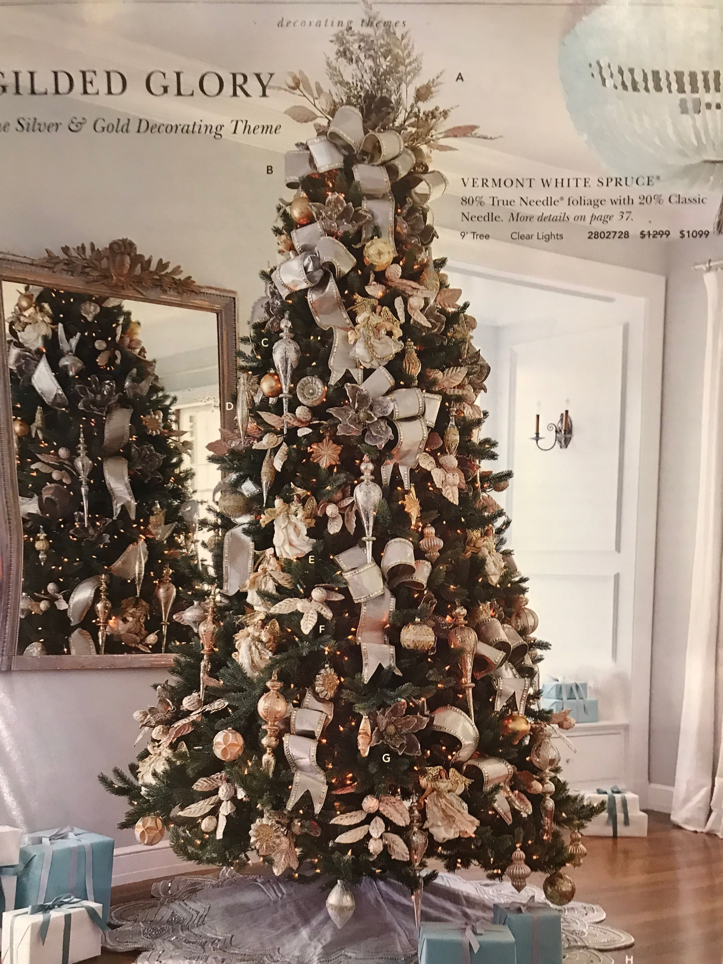 Pin By Lisa Chamberlain On Christmas Cool Christmas Trees Christmas Tree Decorations Glamorous Christmas Tree