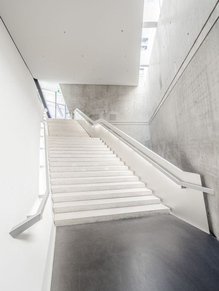 love minimal style (With images) | Interior stair railing ...