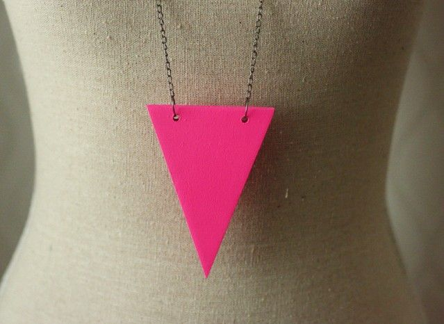 Neon pink necklace #agrapedesign #nordicdesigncollective #jewellry #neonpink #swedishdesigner #accessory