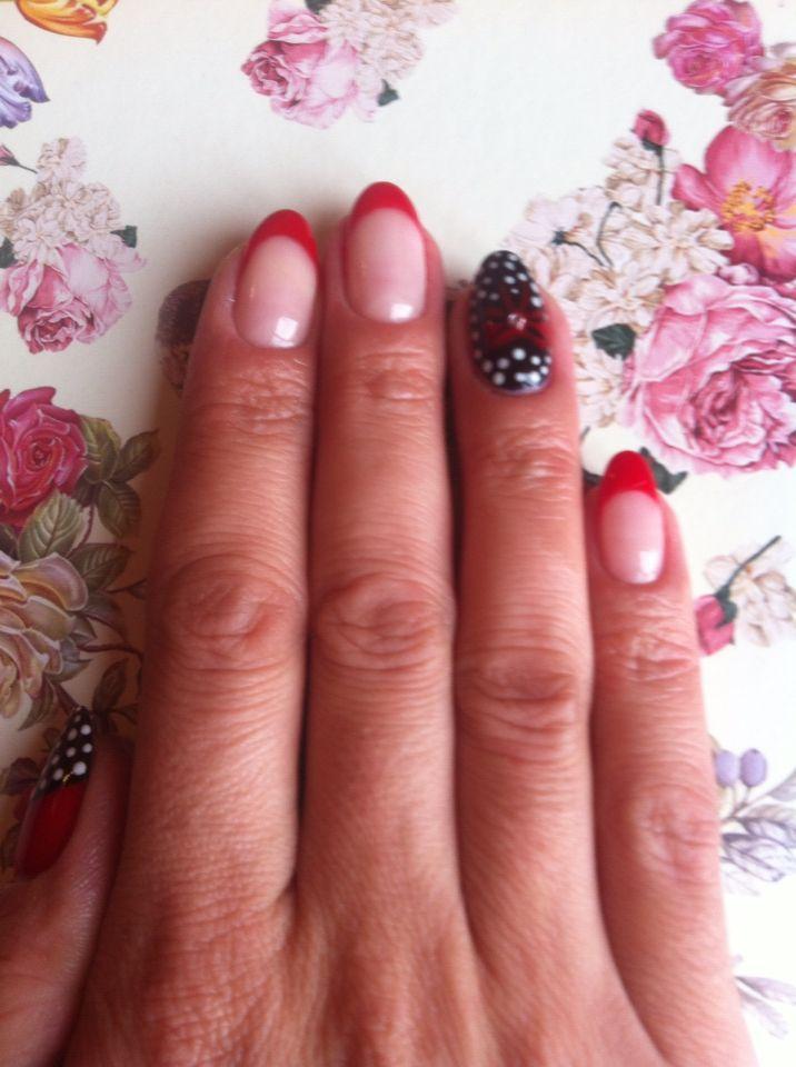 Oja Semipermanenta French Rosu Model Eminails Engagement Rings