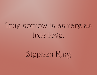 A Book to Read and Love: Carrie by Stephen King - Summary & Review