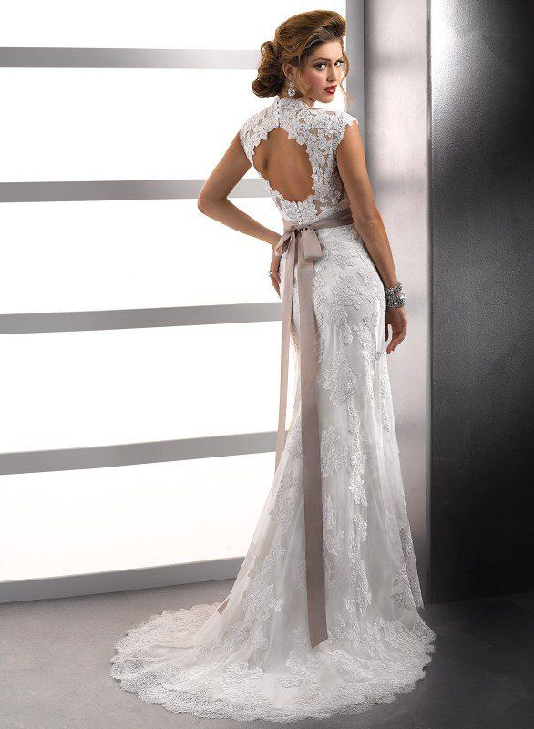 13593b543eee Cap Sleeve Keyhole Back Lace Wedding Dress | Future Mrs. (Dr.) Rowan ...