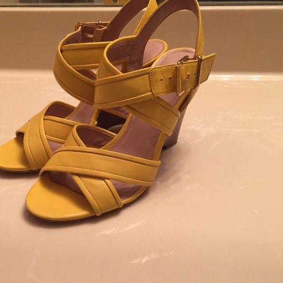 j crew yellow wedge sandals sz 6 yellow and shoe