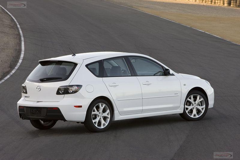Mazda3 5 Door >> Mazda3 5 Door Looks Like One Of My Friends Car Cars I