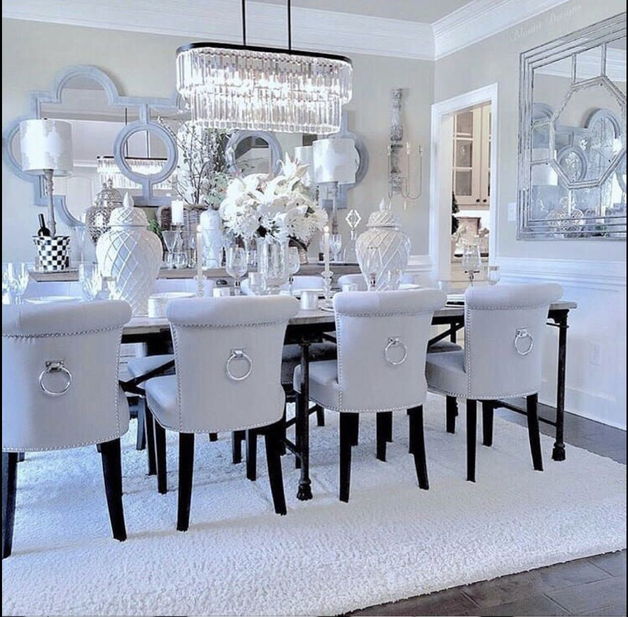 Pin By Miaya Pitts On Home Decor Beautiful Dining Rooms Room Glam Table
