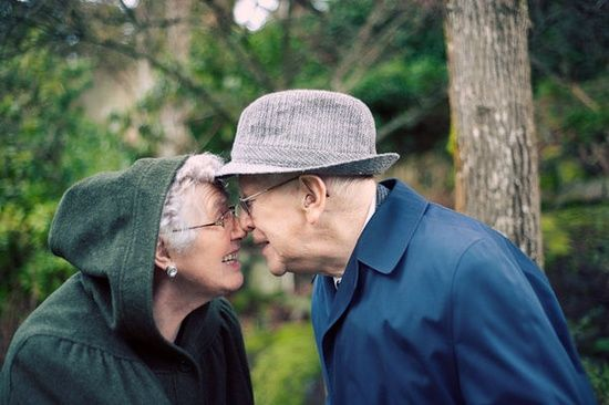 ♡ #seaofhearts Older Couple