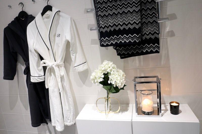 Homevialaura | monochrome bathroom decor | sauna | home spa | Missoni Home towels | Balmuir | Be & Liv